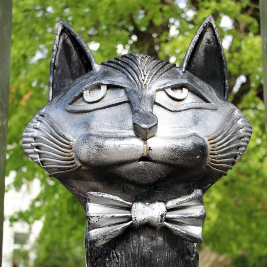 <p>Мурариум. Музей кошек. Зеленоградск</p>/<p>Памятник Зеленоградским котам</p>